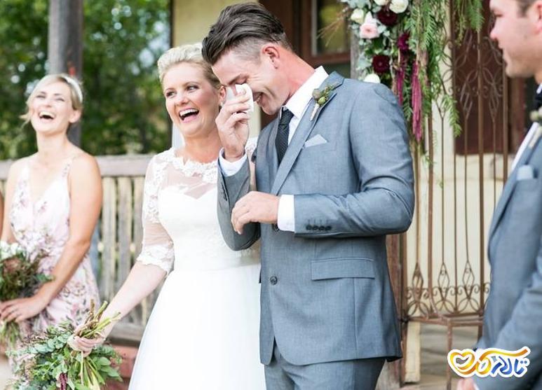 عرق کردن عروسی