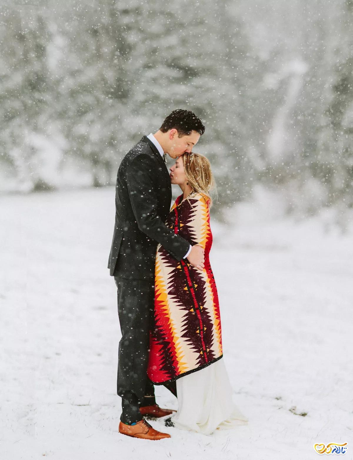عکس عروسی زیبا در فصل زمستان