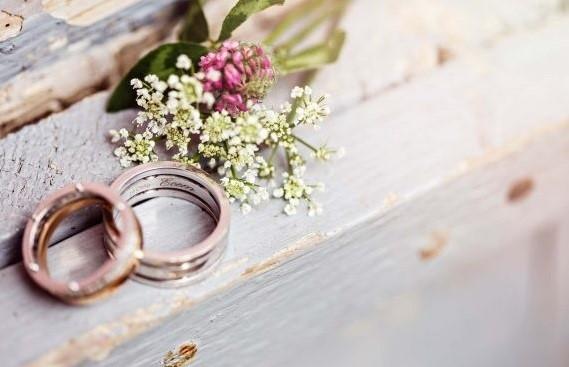 حلقه عروسی و نامزدی