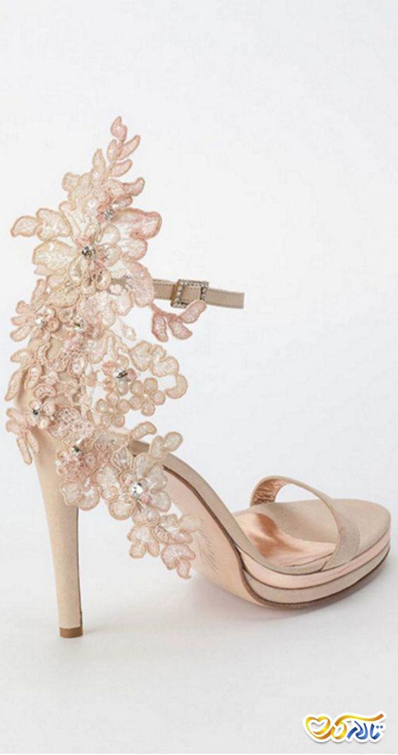 کفش عروس طرح دار زیبا