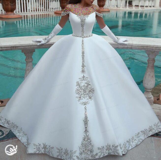 مدل لباس عروس پفی سنگدوزی شده