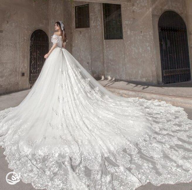 مدل لباس عروس کلون و دنباله دار