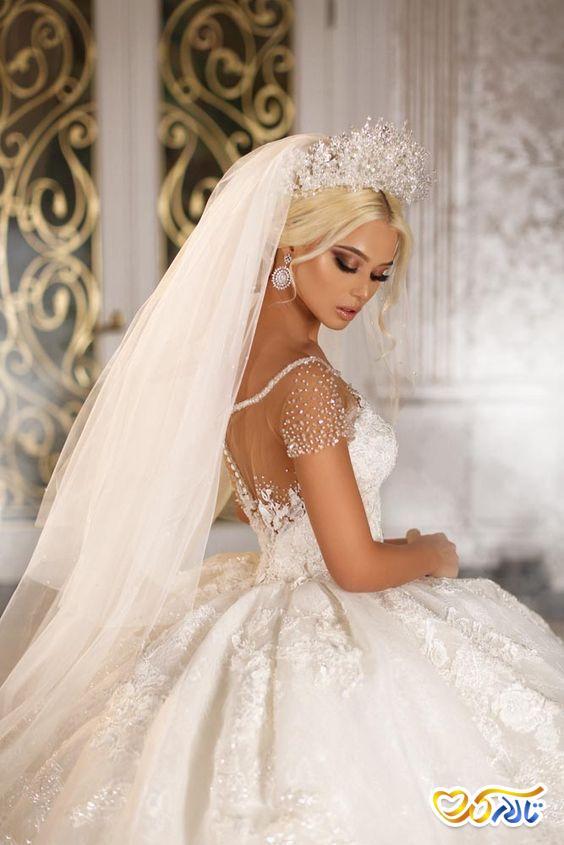 لباس عروس کارشده با سنگ تزئینی