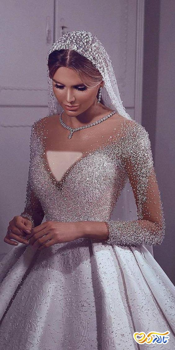 لباس عروس کریستال دوزی شده