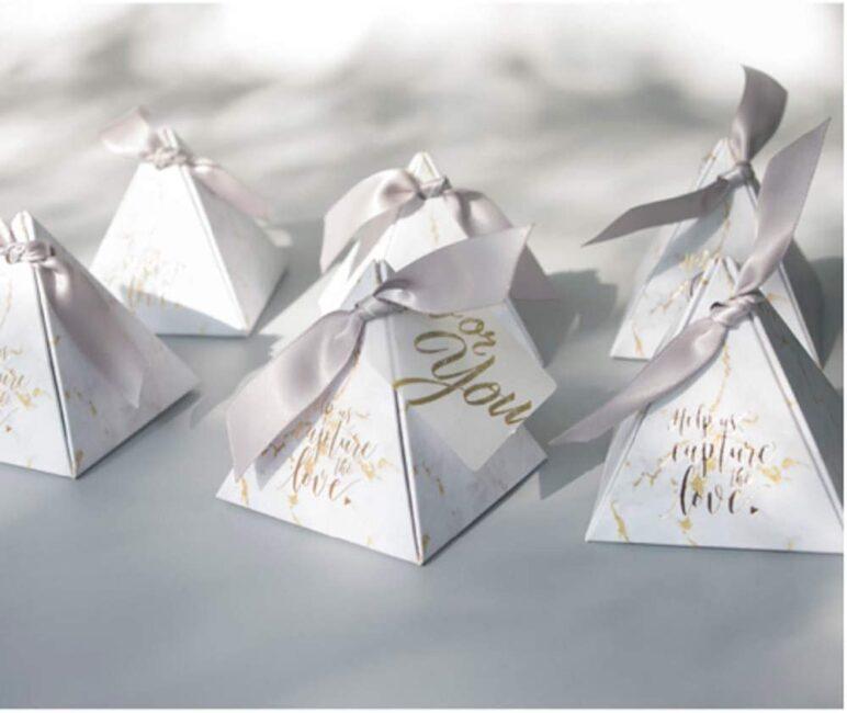گیفت عروسی و کادوی مراسم عقد و هدیه جشن عروسی
