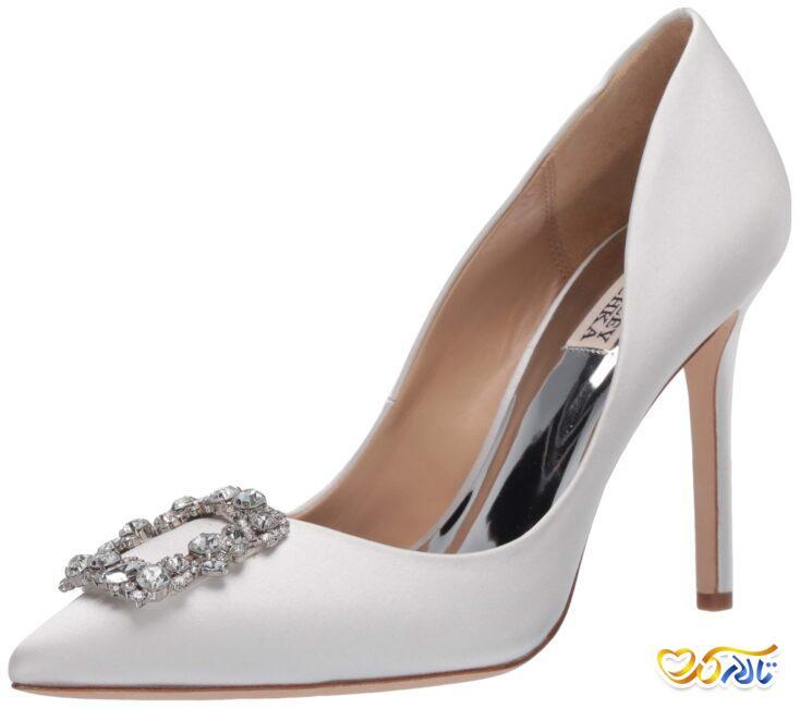 کفش عروس زیبا و نگین دار