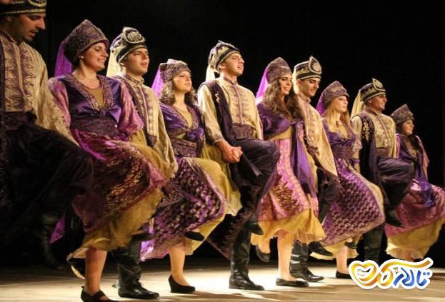 رقص عربی گروهی