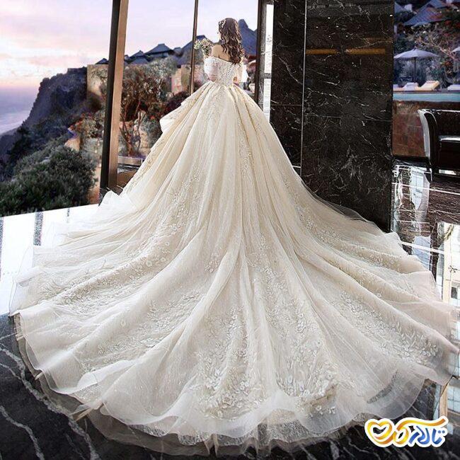 لباس عروس مروارید دوزی شده