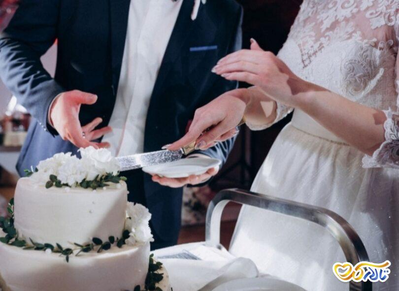 10 آهنگ مناسب برای لحظه برش کیک در عروسی