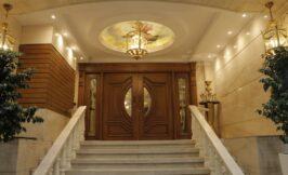 ورودی تالار صاحبقرانیه