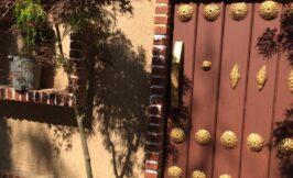 ورودی و دکوراسیون باغ تالار کلاسیک