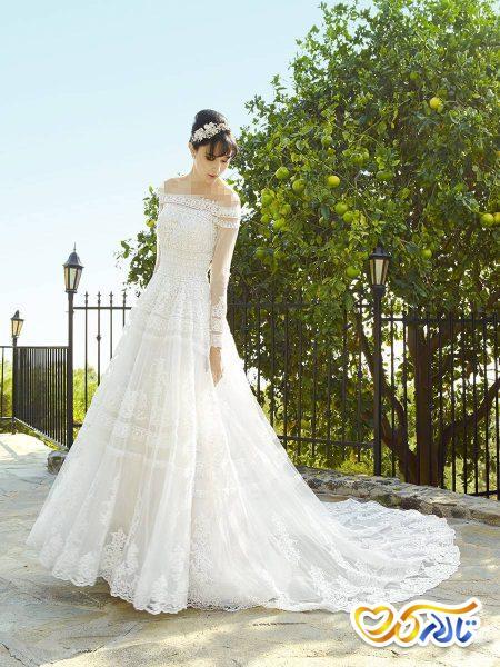 لباس عروس دکولته توری