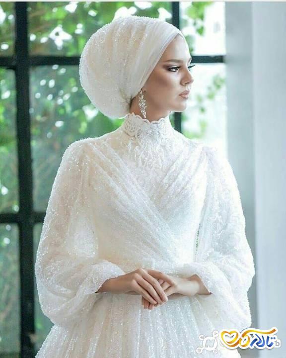 کلاه و تور سر عروس