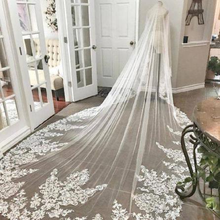 تور لباس عروس خیلی بلند
