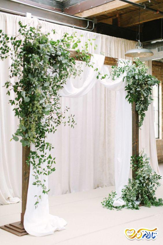 گل آرایی جایگاه عروس و داماد