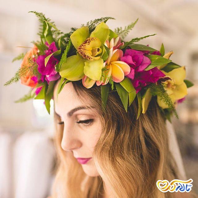 تاج عروس و گل برای عروس