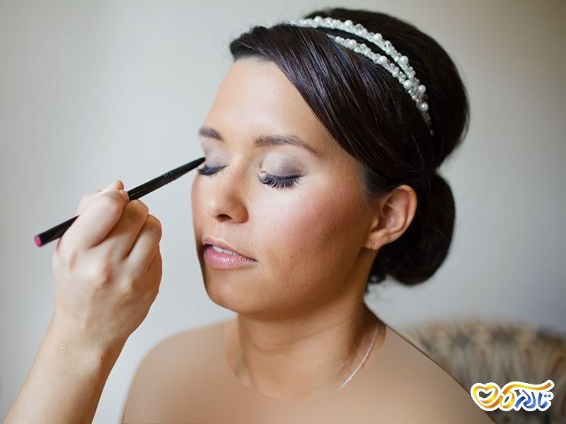 ترفند نگهداری از مو در عروسی رمستانی