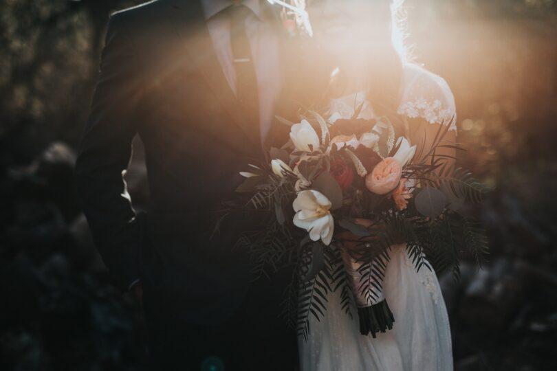 لباس عروس و برگزاری جشن عروسی