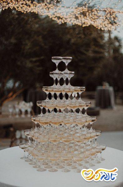 آداب و رسوم عروسی در فرانسه : صرف شامپاین