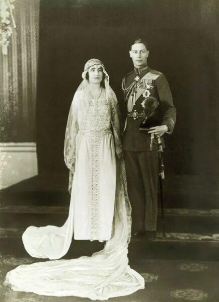 لباس عروس سلطنتی