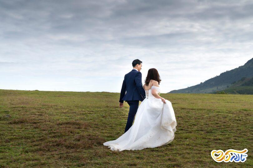 عروس و داماد در محضر عقد