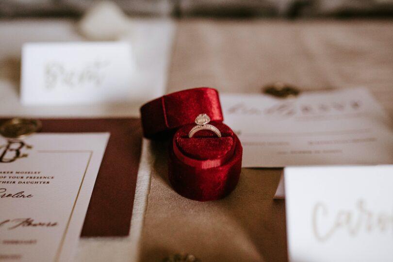 گیفت عروسی و هدیه جشن عروسی
