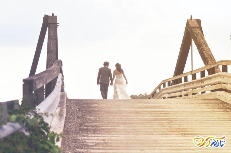 عروس و داماد در باغ تالار