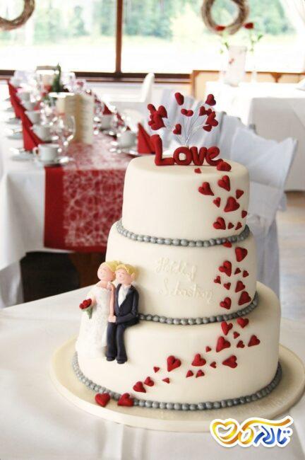 کیک عروسی با تم ولنتاین
